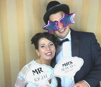 bw photo booth, photo booth, photobooth, cabina foto, cabine foto, cabina foto de inchiriat, inchiriere cabina foto, cabina foto nunta, photobooth nunta, wedding photo booth,