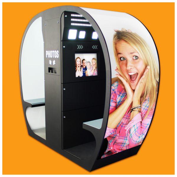 Vrei un business ușor de administrat? Investește într-o cabină foto fixă!