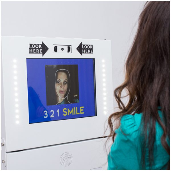 Meniu touch screen interactiv BW Photo Mask